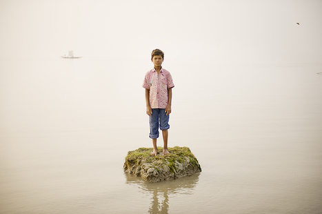 Haunting Photos Of Island Inhabitants Getting Swallowed By The Sea | world of Photo and vidéo | Scoop.it