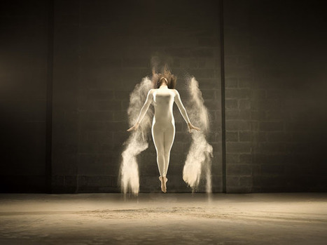 Elegant Photos of a Dancer Flinging White Powder | What about? What's up? Qué pasa? | Scoop.it