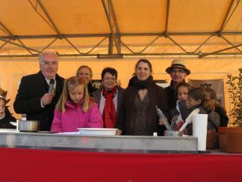 Thégra. La noix dans tous ses états a drainé plus de 2000 visiteurs | Autour de Carennac et Magnagues | Scoop.it