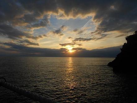 Le Cinque Terre, verso sera a Manarola   Dear Miss Fletcher   Cinque Terre - Liguria - Italy   Scoop.it