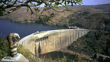 Kariba dam drops to record low 12%, and Zimbabwe, Zambia stare at a nightmare   Economiscellany   Scoop.it