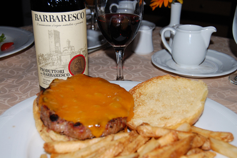 Odd Pair: Cheeseburger and Barbaresco - Houston Restaurants and Dining - Eating Our Words | @FoodMeditations Time | Scoop.it