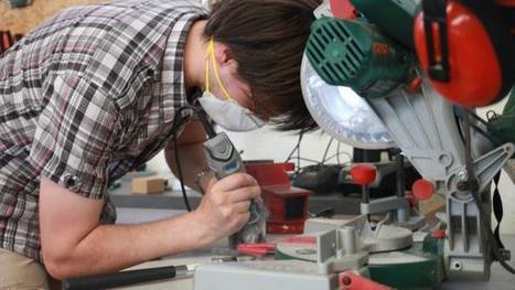 Plateforme C. Une aprem' au fablab : de la bricole et des idéaux | FabLab - DIY - 3D printing- Maker | Scoop.it