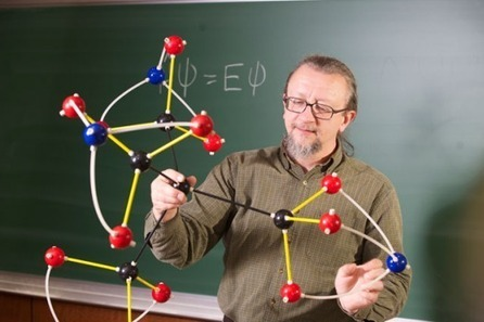 10-Year-Old Accidentally Creates New Molecule in Science Class | Popular Science | SFFWRTCHT | Scoop.it