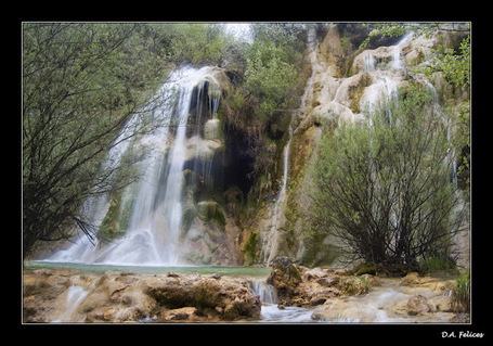 "Cascada de ""El Tobazo"". 