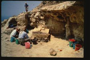 Clubs Med: Neanderthals may have sailed to Mediterranean | Archaeology and the Bronze Age | Scoop.it