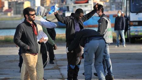 Près de 7000 personnes secourues en Méditerranée en deux jours | terres en rive du monde | Scoop.it