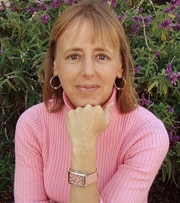 Medea Benjamin: Bold and Loud Moves | Global politics | Scoop.it