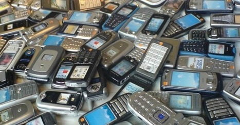 More than half of Americans hang on to old mobile phones | Digital Trends | Recycling for Cash | Scoop.it
