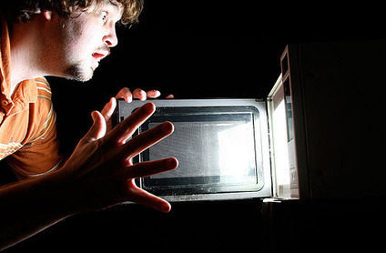 12 Facts About #Microwaves That Should Forever Terminate Their Use | TruthTheory | promienie | Scoop.it