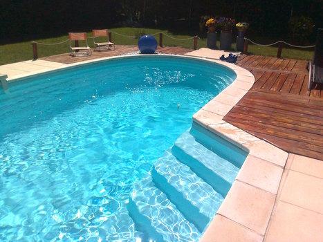 Comment aménager une piscine en coque polyester dans le jardin ? | Construction, entretien piscines | Scoop.it