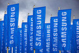 Samsung to Use $39 Billion Cash for More Deals in Growth Chase - Bloomberg | samsung | Scoop.it