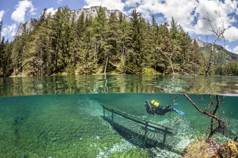 Underwater Hiking In This Austrian Lake Looks Like The Coolest Scuba Diving ... - Huffington Post | DiverSync | Scoop.it