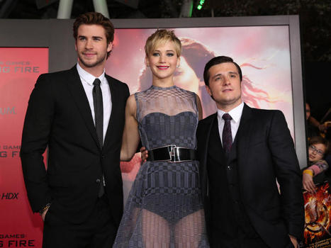 """The Hunger Games: Catching Fire"" cast hits Hollywood for premiere - CBS News 
