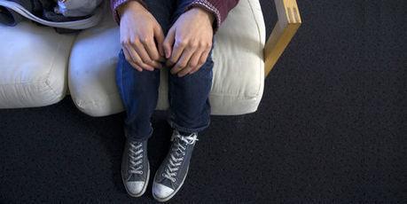 Tim, 19 ans, homosexuel, jeté à la rue par ses parents | Initiatives par Europe Créative | Scoop.it