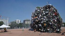 """Une """"météorite de déchets"""" sur la plaine de Plainpalais à Genève   Genève durable   Scoop.it"""