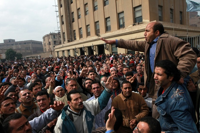 Amid crackdown, Egypt workers go on strike | real utopias | Scoop.it