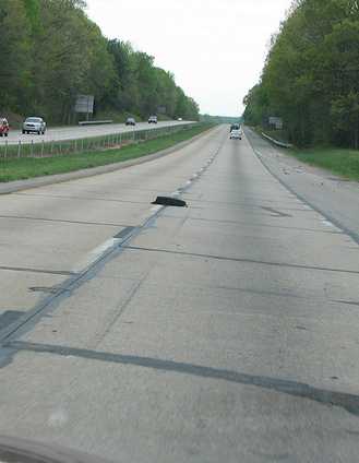 Car Accidents Caused by Road Debris | Car Crash Attorney | Scoop.it