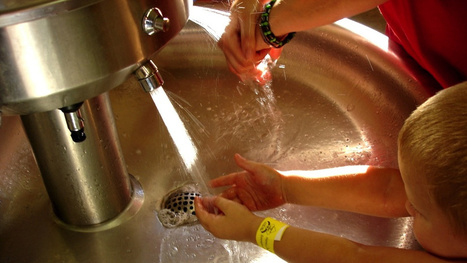Cold Water and Regular Soap Kills Germs Just as Well as Hot Water | Bacteria and Fungus | Scoop.it