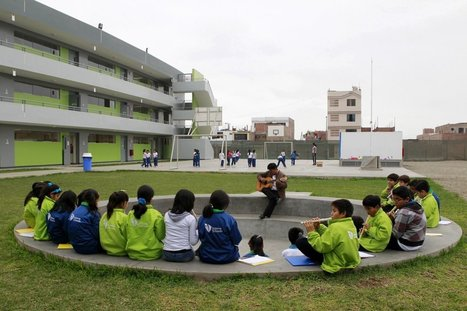 School. Class. A Peruvian billionaire contracted a world-famous design firm to remake his country's private school system, and the results are stunning | Library learning spaces | Scoop.it