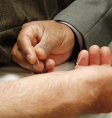 Acupuncture Provides Relief For Chronic Pain, Say Researchers | PAIN | Scoop.it