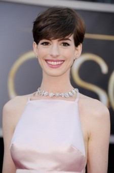 Anne Hathaway Poop | Anne Hathaway Dog Poop Paparazzi | Gossip Cop | Hot Holly18-1 | Scoop.it