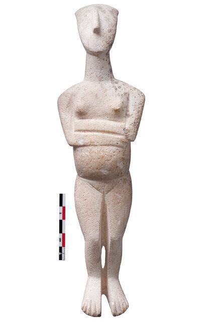 """Entrevista con Peggy Sotirakopoulou: """"las figurillas cicládicas de mármol fueron objetos de prestigio con significados y usos diversos""""   LVDVS CHIRONIS 3.0   Scoop.it"""