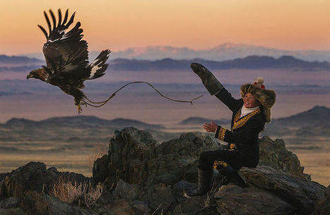 13-Year-Old Kazakh Girl Trained To Become Eagle Hunter | Mongolia Times | Scoop.it