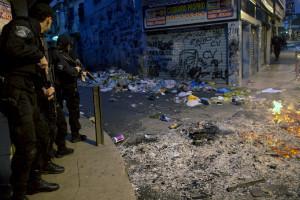 Police raid Brazilian slums | Brazilian Favelas: The Economic, Political, Social Impact | Scoop.it