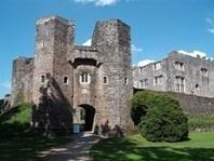 Haunting Berry Pomeroy Castle - Devon - Haunted Devon | E.A.P.I. | Scoop.it