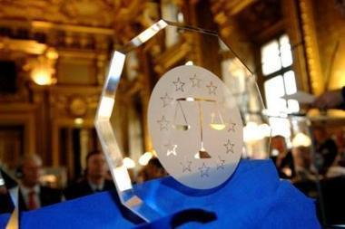 Prix Balance de Cristal : publication de la sélection | French law for non french-speaking patrons - Legal translation tools | Scoop.it