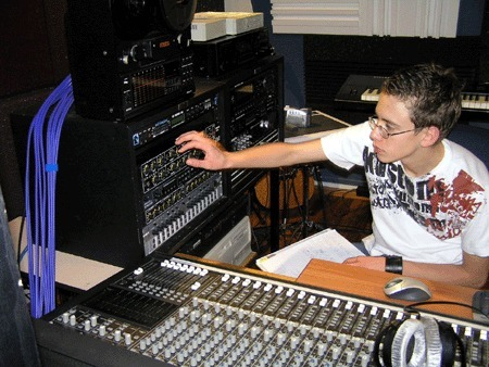 6 Pieces of Essential Equipment For the Budding Audio Engineer | Audio Engineer | Scoop.it