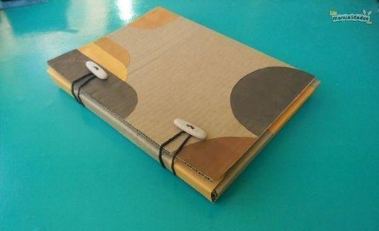 Папка для тетрадей из картона