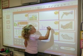 A Few Amazing SmartBoard Resources on the Web - EdTechReview (ETR) | Smart Boards in the classroom ! | Scoop.it