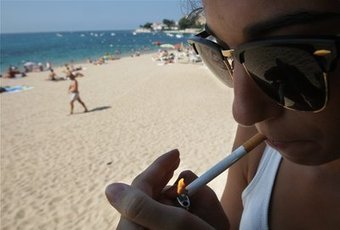 Ajaccio n'envisage pas de verbaliser les fumeurs sur la plage | GentilPatriote | Scoop.it