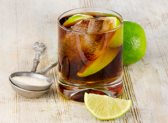 Diet Soda + Alcohol = BadIdea - Dr Weil's Daily Health Tips - Natural Health Information | Idaholistic | Scoop.it