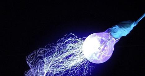 Li-Fi Turns Every Lightbulb Into an Ultra-Fast Wireless Network | An Eye on New Media | Scoop.it