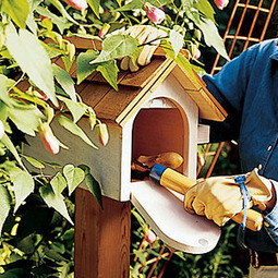 Tool hideaway | Upcycled Garden Style | Scoop.it