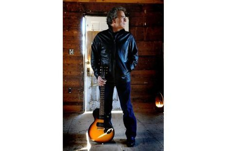 Ray Bonneville takes his show on the road again, coming to TC | WNMC Music | Scoop.it