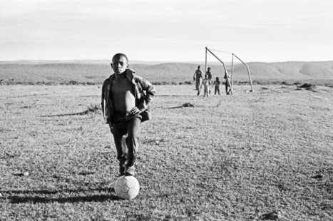 New Photography Book Depicts the South African Social Landscape ... | Global South Africans | Scoop.it