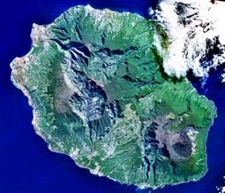 ile de la Réunion, voyage, location, voiture, hotel, loisirs, billet d'avion   Ile de La Réunion   Scoop.it