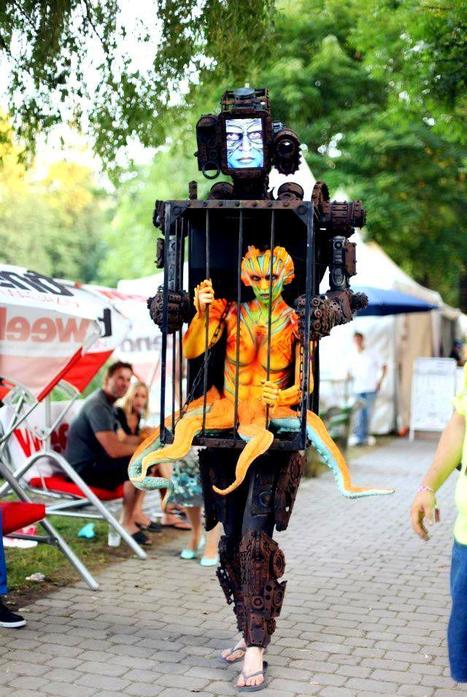 Most amazing costume ever! | Art forms | Scoop.it