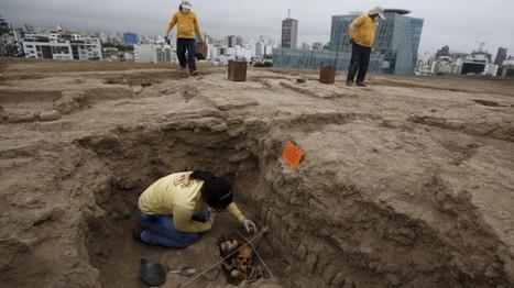 Enterrados en cuclillas: descubren en Perú tumbas prehispánicas que asombran a los arqueólogos | ArqueoNet | Scoop.it