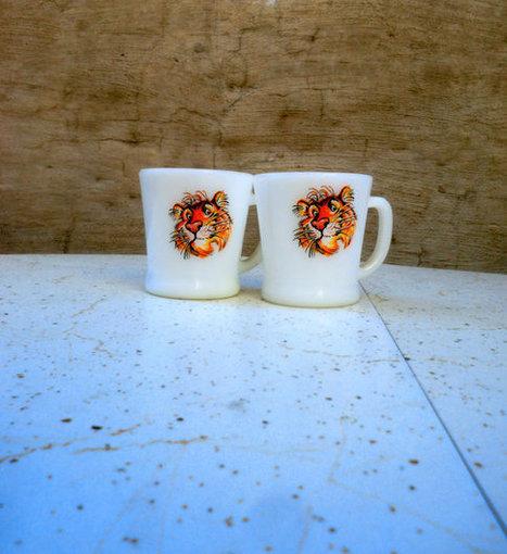 Vintage tiger milk glass mugs   Mid Century   Scoop.it