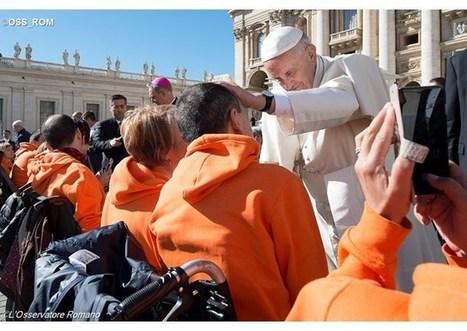 Pápež tvítuje: Svätosť znamená lásku a kresťanské svedectvo | Správy Výveska | Scoop.it