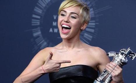Miley Cyrus remporte le VMA de la vidéo de l'année pour «Wrecking Ball» | Art Danse Théâtre Musique francophone | Scoop.it