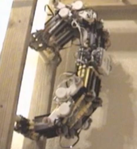 Mindstorms Slothbot Climbs Ladders | Robots and Robotics | Scoop.it