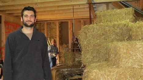 Ils construisent une maison passive en paille et bois à Couëron (44) | CAP21 | Scoop.it