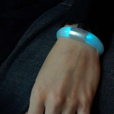 Wearable Tech Bracelet Brings You Smartphone Notifications [VIDEO] | Technology Wows | Scoop.it