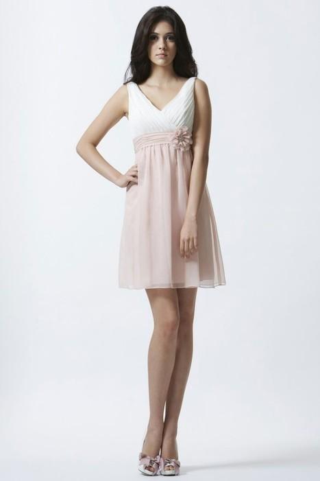 V Neck Short Chiffon Pleating A Line Bridesmaid/Wedding Guest Dress P1ed0011   Alizee's Fashion World   Scoop.it